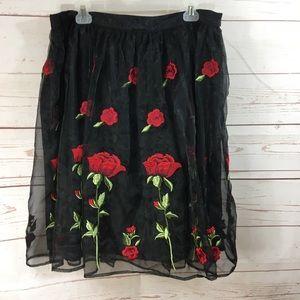 Forever 21 Black Rose Skirt 🌹